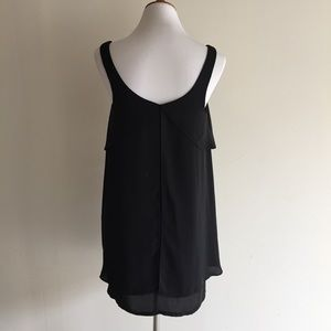 Urban Outfitters Dresses - Urban Outfitters black flowy shift dress, M